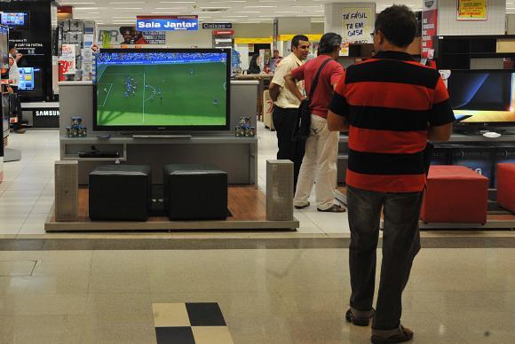Foto: Vendas do comércio caíram 1,9% em março. Foto: Marcello Casal Jr/ Agência Brasil