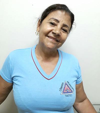 Lúcia Helena Ferreira Silva, copeira da Câmara Municipal de Timóteo