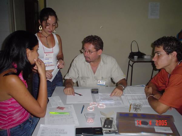 Memória - Reginaldo atuando em 2005 como voluntário em programas da Fundação Aperam Acesita em parceria com a Junior Achievement.