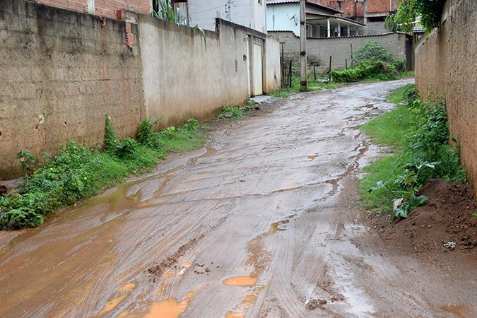 Rua Alpercata no Bairro Ana Malaquias será contemplado com obras