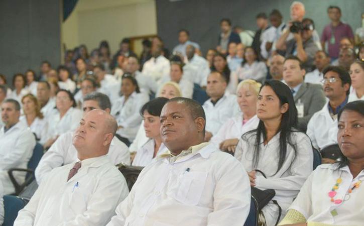 Até as 17h deste domingo haviam 29.780 inscritos com registro do Conselho Regional de Medicina (CRM) no Brasil - Foto: Arquivo Agência Brasil