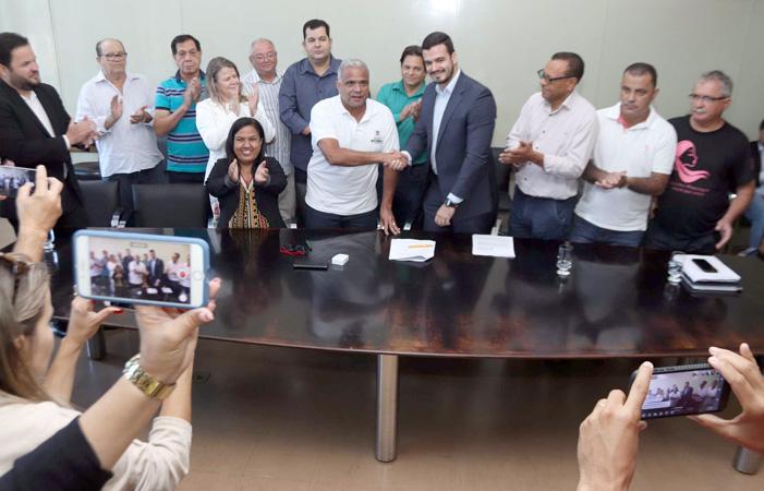 Superintendente da Caixa, Emerson Leal declara que este é o maior contrato assinado no âmbito da superintendência regional da Caixa, nos termos do Finisa