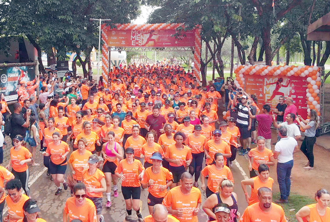 Mais de 900 corredores cumpriram o percurso de 3,5 km no entorno do complexo do Parque Ipanema
