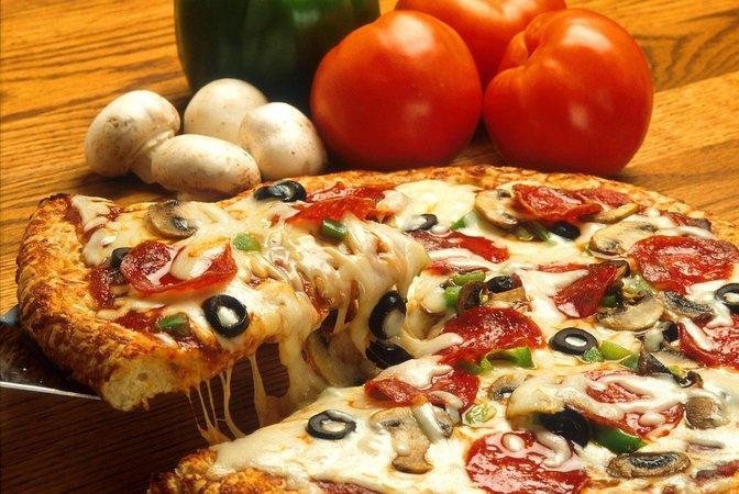pizza-386717_1280 (1)