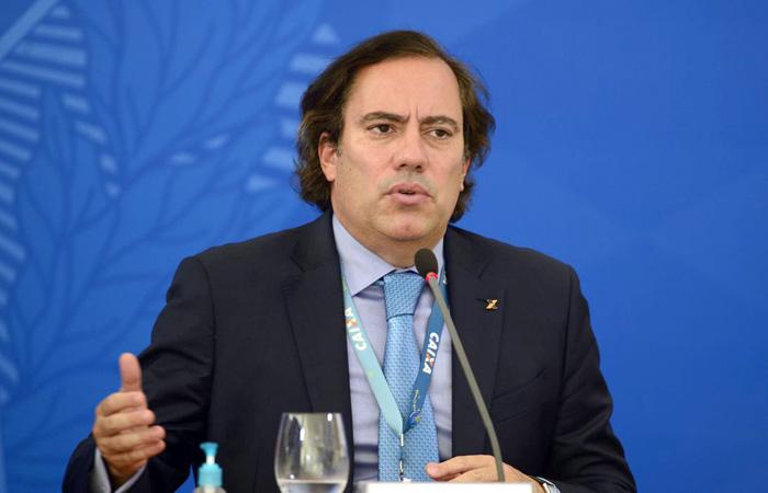 O presidente da Caixa Econômica Federal, Pedro Guimarães, fala à imprensa no Palácio do Planalto,sobre o o pagamento da 2ª parcela do auxílio emergencial