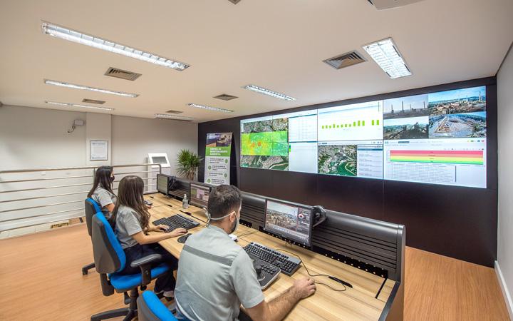 Central de Monitoramento Ambiental da Usiminas - Foto: Elvira Nascimento