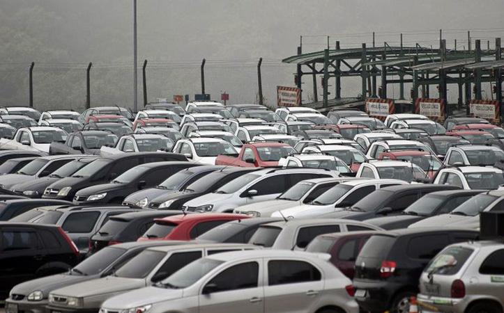 Comercialização de automóveis cai 28,5% - Foto: Agência Brasil