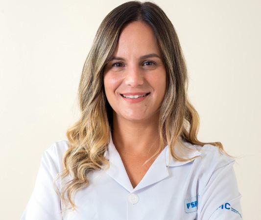 A médica  Juliana Cristina de Vasconcellos Benatti, da Atenção Primária em Saúde da FSFX, alerta sobre os ricos do cigarro