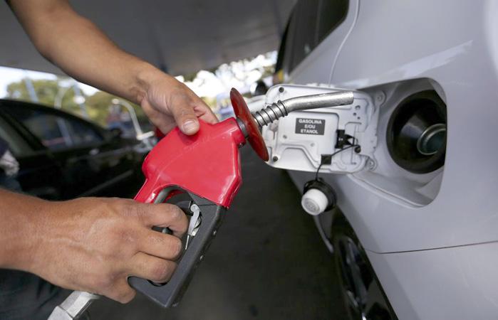 Petrobras afirma que preço segue patamar internacional de preços - Foto:Marcelo Camargo/Agência Brasil