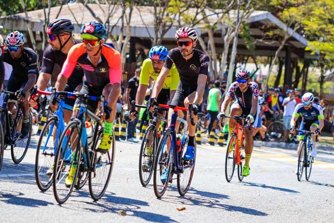 Power Race reuniu cidadãos comuns para a disputa de diversas modalidades
